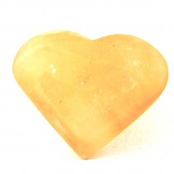 Knuffelsteen – Seleniet, ingestraald met liefde en harmonie.