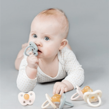Speen 3-36 maanden orthodontisch – Ortho – 3-36m – grijs – Hevea